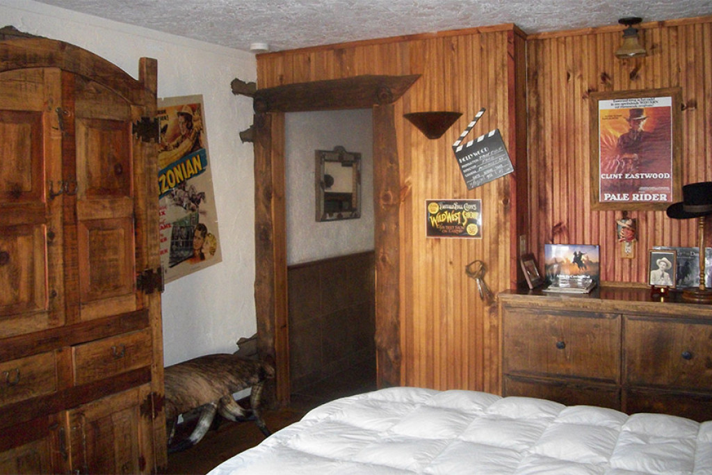 The Movie Room – Wild West Junction